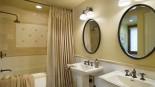 Duş Perdesi ile Banyo Görümünüzü Değiştirin